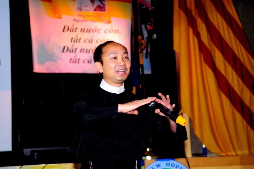 008B-LM Nguyen Van Khai-Noi chuyen
